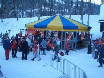 Nicht erst abends, sondern schon untertags kann man mit dem Après Ski beginnen