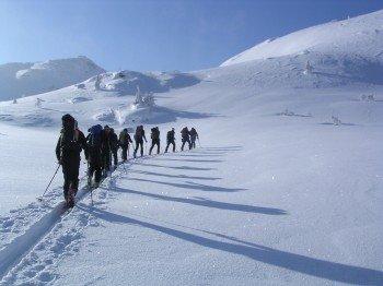 Das Skigebiet ist der perfekter Ausgangspunkt für hochalpine Skitouren.