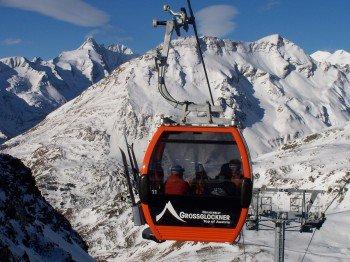 Mit der modernen 8-er Gondelbahn kommt man komfortabel vom Fallbichl zur Bergstation Schareck.