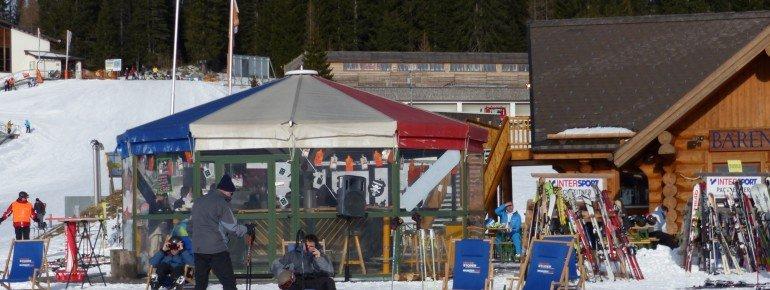 Die Schirmbar an der Bärenhütte lädt zum Après-Ski