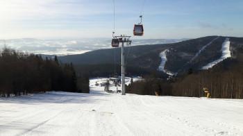 Die neue Gondel führt hinauf auf den Reischlberg.