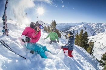 Tiefschnee-Fans finden knapp 10 Kilometer Skirouten.