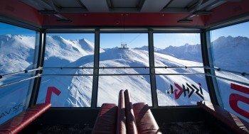 Komfortabel in den Tiefschnee: Blick aus der neuen Piz Val Gronda Bahn