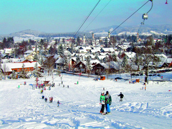 Blick auf Isny im Allgäu vom Skilift Felderhalde