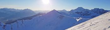 Traumhafter Blick auf die kanadischen Rocky Mountains