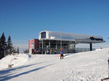 Die Bergstation des Ochsenboden-Sessellifts befindet sich auf 1.600 m.