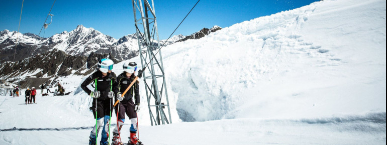 Unter anderem nutzen auch mehrere Trainingsgruppen die Verlängerung am Kaunertaler Gletscher.