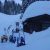Jeden Samstag ab 13.00 Uhr und Sonntag ab 9.30 Uhr finden auf dem Kerenzerberg geführte Schneeschuhtouren statt.