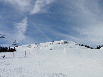 Der Snowpark befindet sich neben dem Hanglalm-Lift