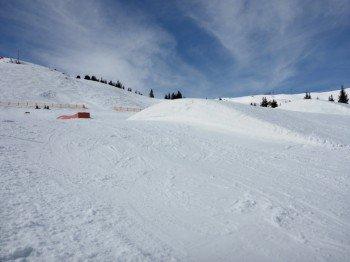 Der Snowpark von Kitzbühel bietet Lines mit unterschiedlicher Schwierigkeit