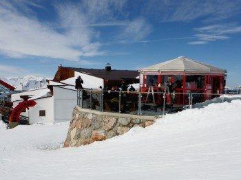 Die Kristallbar befindet sich beim Restaurant Pengelstein nahe der Bergstation der 3S
