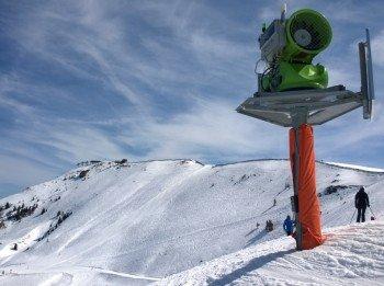 Fast 1.000 Schneeerzeuger sorgen für weiße Pisten