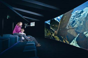 Ein Kinoerlebnis der besonderen Art verspricht das Cinema 3000 in der Gipfelwelt.