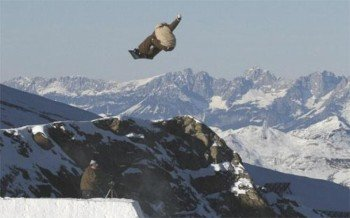 Am Krippenstein werden für Interessierte Freeride-Trainings und Snow-Camps angeboten.