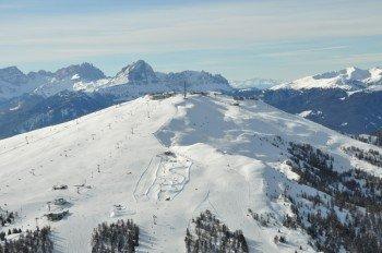 Am Kronplatz genießt du den 360 Grad Rundumblick auf die Dolomiten.