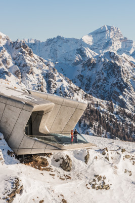 Das Messner Mountain Museum MMM Corones am Kronplatz widmet sich dem Bergsteigen.