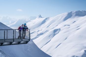 Ein Highlight ist die Aussichtsplattform am Fort de la Redoute, die sich Skifahrer nicht entgehen lassen sollten.