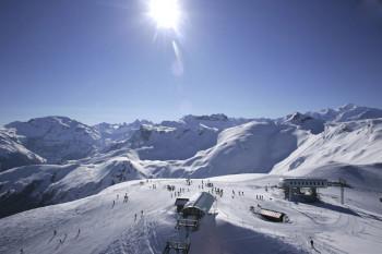 Vom Gipfel Les Grandes Platières genießt du einen tollen Panoramablick.