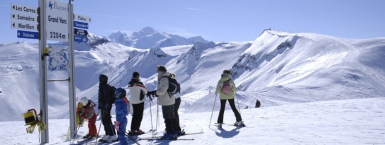 Das Skigebiet Grand Massif bietet 265 Pistenkilometer.