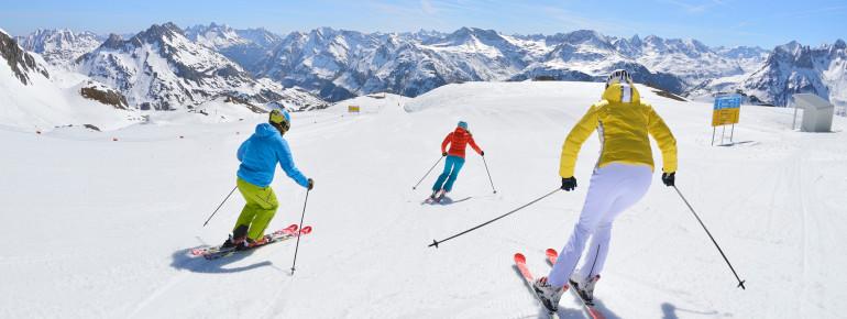 Ski Arlberg bietet 305 Pistenkilometer.