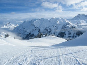 340 Pistenkilometer erwarten die Skifahrer in Lech