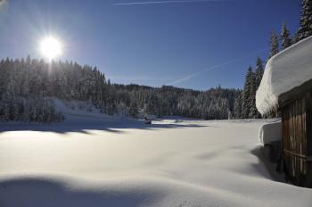 Im Winter kann in Leutasch schon mal ein halber Meter Schnee im Tal liegen.