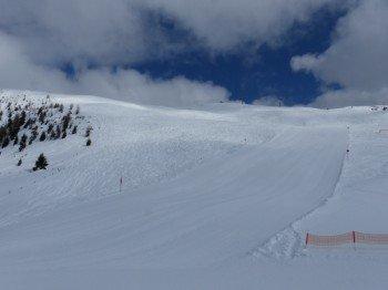 Breite Carvingpisten im Skigebiet Zettersfeld