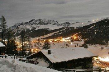 In den Berghütten genießen Wintersportler italienische Spezialitäten.