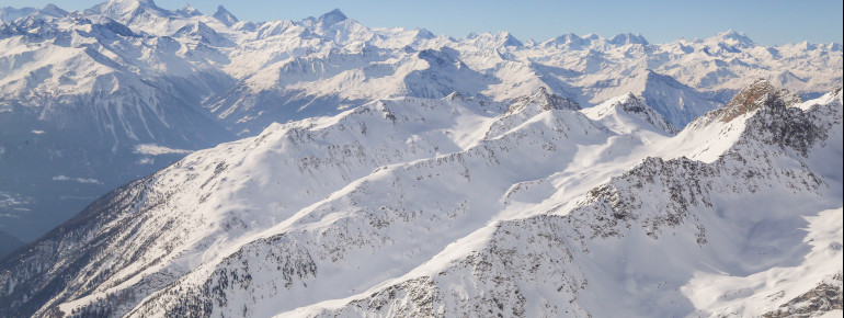 Der Blick auf die umliegende Bergwelt.