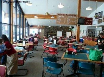 Selbstbedienungsrestaurant an der Talstation Loveland Valley