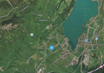 Direkt am Lungerer See startet die Luftseilbahn auf die Bergstation Turren.