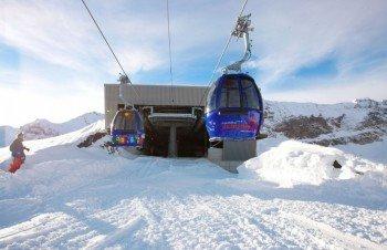 Mit der 15er-Gondel erreichen Skifahrer von Stöckalp aus das Hochplateau.