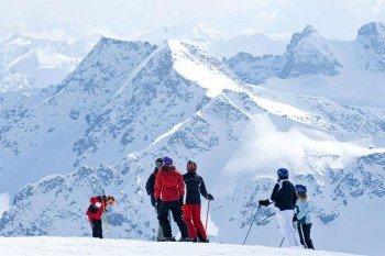 Hier bekommt man einen tollen Fernblick in die Berge der Nationalpark-Region Hohe Tauern.