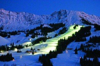 Nach dem Nachtskifahren locken noch viele Möglichkeiten zum Après-Ski.