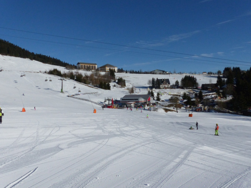 skigebiet oberwiesenthal fichtelberg skiurlaub skifahren testberichte. Black Bedroom Furniture Sets. Home Design Ideas