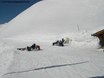 Das Skigebiet ist nach Süden ausgerichtet. Die Sonne lässt sich also besonders schön geniessen.