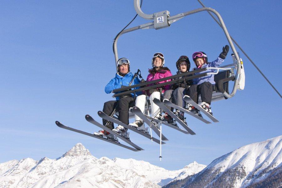 skigebiet zuoz skiurlaub skifahren testberichte. Black Bedroom Furniture Sets. Home Design Ideas