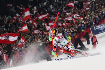 Im Januar treffen sich die Slalomspezialisten des Weltcups wieder zum Nightrace auf der Planai.