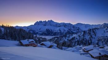 Winterwunderland in Perfektion bieten die Bergdörfer in Portes du Soleil.