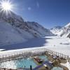 Nach dem Skifahren kannst du im Hotel entspannen.