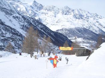 Der Kinderpark im Skigebiet Saas-Almagell.