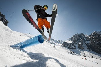 Ob im Backcountry, auf der Piste oder im Free Nature Park - im Skigebiet Schlick 2000 ist für jeden Geschmack etwas dabei.