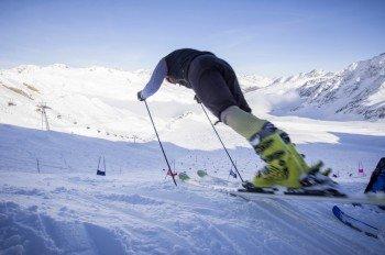 Los geht's auf der Slalom-Trainingsstrecke Leo Gurschler.