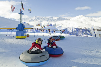 Schneekarussel in Schönis Kinderland