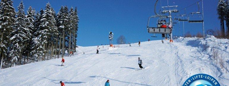 Das Skigebiet Schöneck bietet Abfahrten für alle Könnerstufen