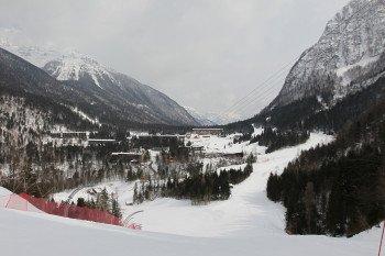 Sowohl von Sella Nevea als auch von Bovec bringt jeweils eine Gondelbahn die Wintersportler ins Skigebiet.