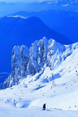 Am Rande des Triglav Nationalparks in den Julischen Alpen befindet sich der slowenische Teil des Skigebiets.