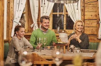 Gemütlicher Abend auf der Lassida Hütte
