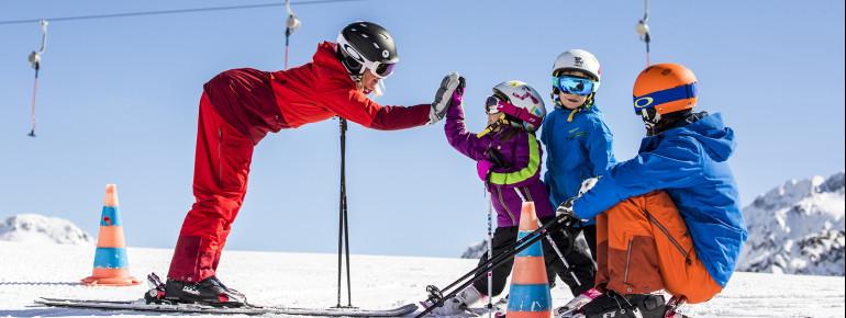 Skispaß für die ganze Familie ist im Tiroler Stubaital garantiert!