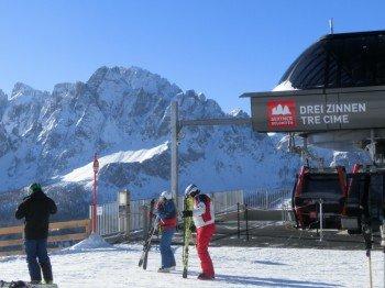Die Sextner Dolomiten punkten mit modernen Liftanlagen wie der Gondelbahn Drei Zinnen